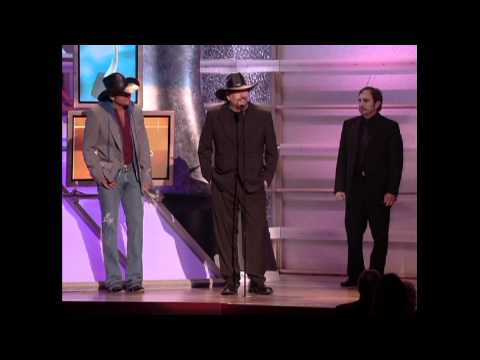 Tim McGraw Wins Single of the Year For
