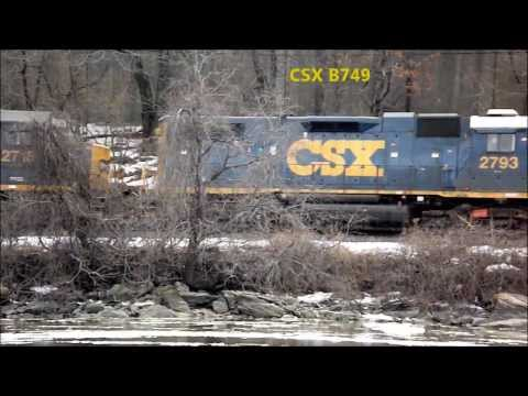 CSX B749 from across the Harlem River