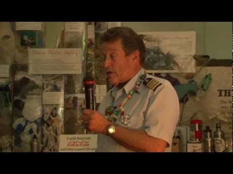 PLASTIC POLLUTION OF THE MARINE ENVIRONMENT - Captain Charles Moore (Algalita)