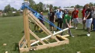 Giant Hybrid Torsion Catapult