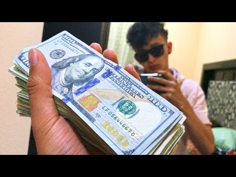 ME OFRECEN 1 MILLON POR MI CANAL!!! (HotSpanish Vlogs)