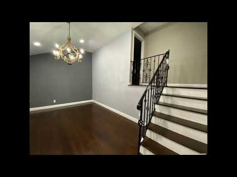 Real Estate For Sale 521 Heathcote Rd, Lindenhurst, NY 11757