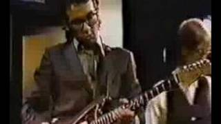 Elvis Costello - I Don