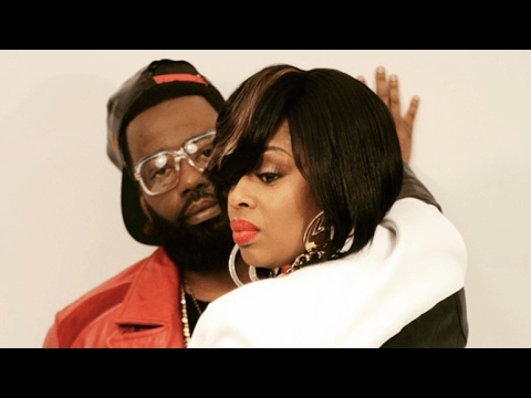 R&B singer Keyshia...
