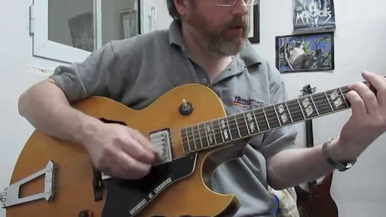 Jazz Guitar Lesson: Soloing Techniques:Intermediate - YouTube
