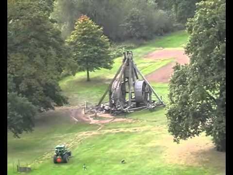 World Record Trebuchet At Warwick Castle Youtube