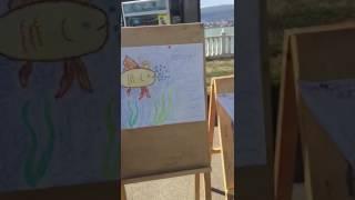 Выставка римунков в честь каспийской рыбы.Проходило в парке Ак-Гел в Махачкале.
