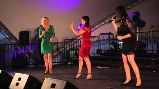 The Jingle Belles Australia -  Hume Carols By Candlelight 2015