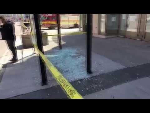 Attentat in Toronto - Erst gab es einen Knall, dann flogen Menschen durch die Luft HD