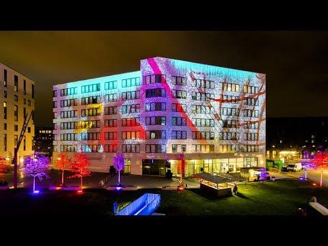 Farb- und formgewaltiges Videomapping zur Einweihung des Shipyard-Gebäudes HafenCity