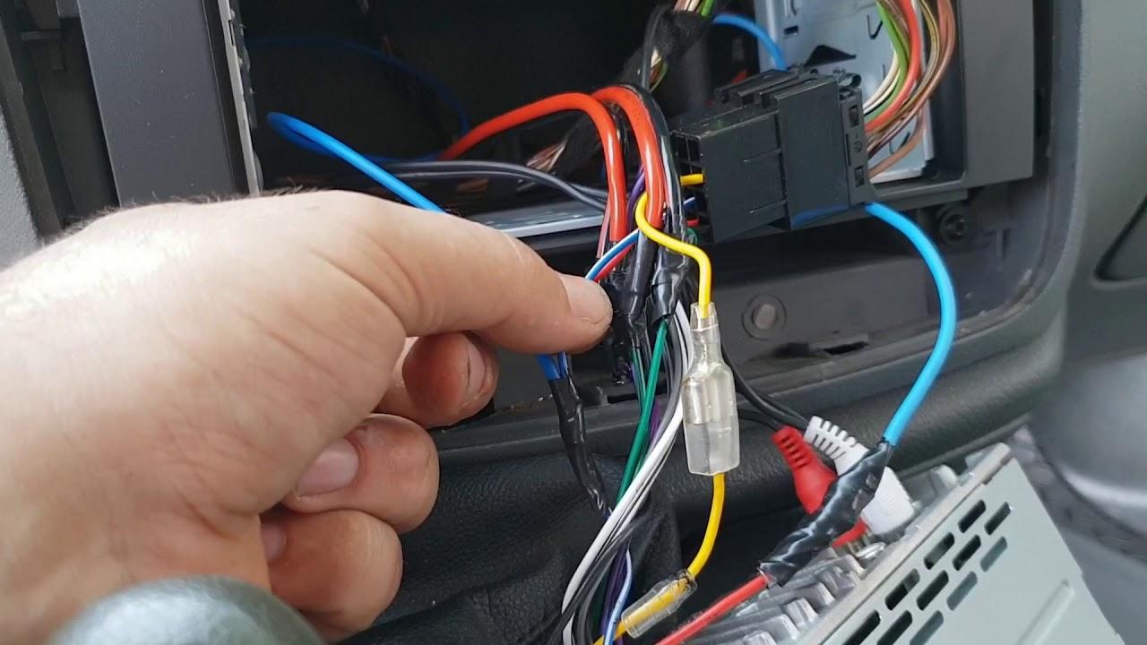 Remote statie auto / amplificator audio la Mp3 Player