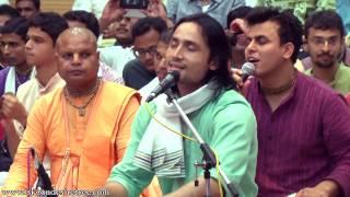 Maha Bhagavat Prabhu Singing Hare Krishna Maha Mantra Evening Session at Namotsava Kirtan Festival 2