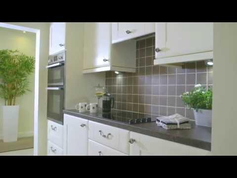 Washington Fitted Kitchen Design by Betta Living
