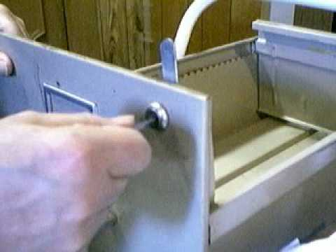 HOW TO PICK A WAFER LOCK ON A FILE CABINET. - YouTube