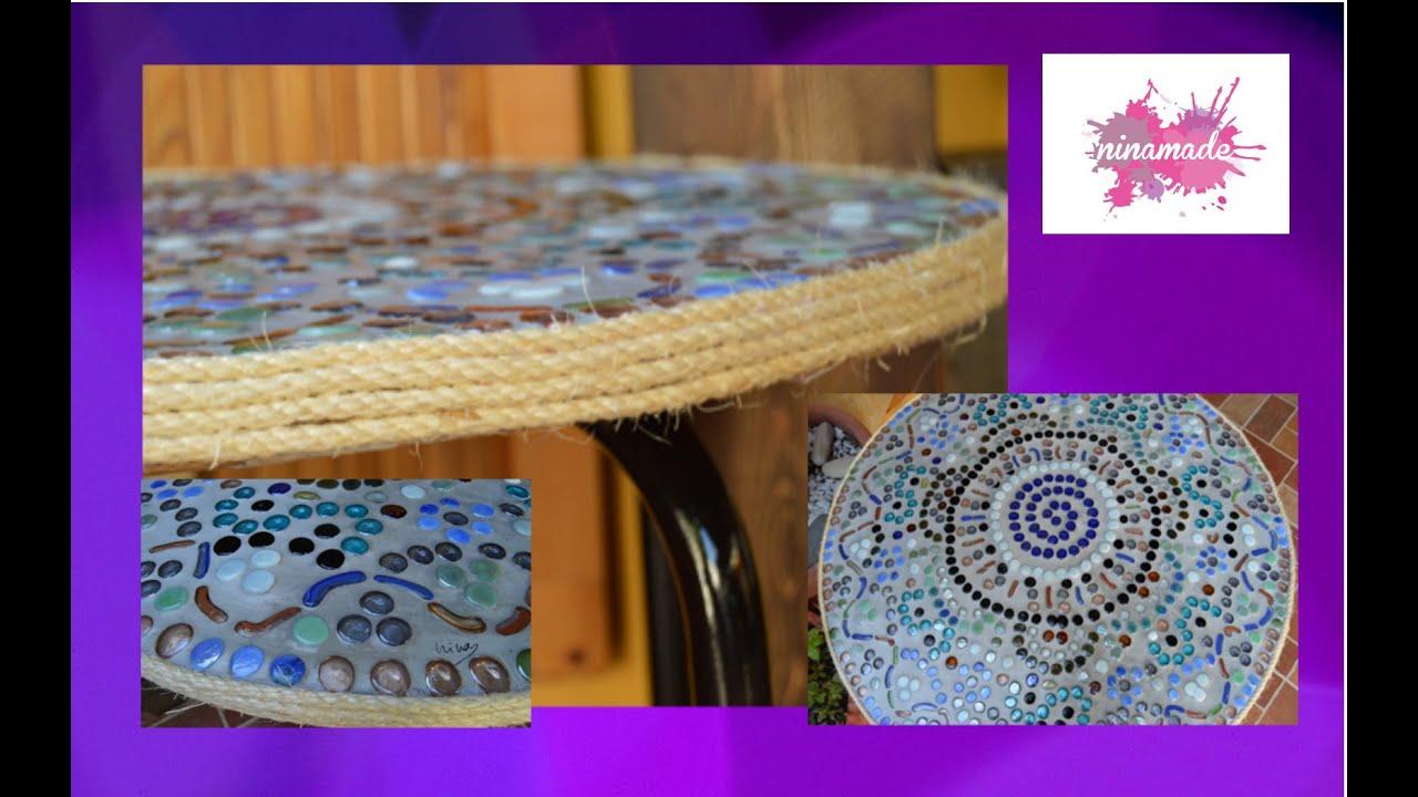 diy table en mosaique mosaic table