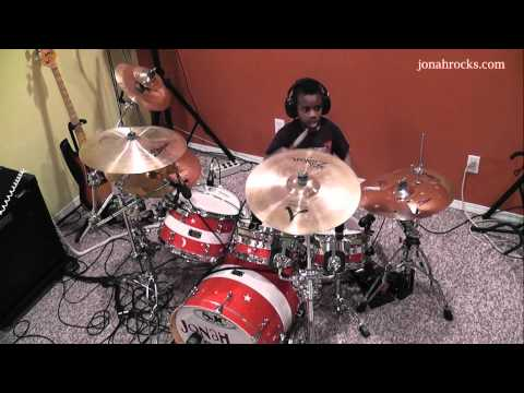 Green Day - 21 Guns, 7 Year Old Drummer, Jonah Rocks
