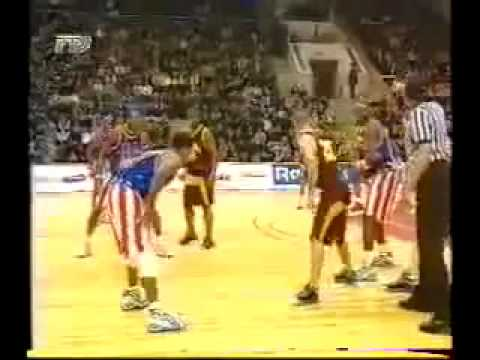 Throwback Sports Clip Of The Week Harlem Globetrotters Schooling Russia Team!