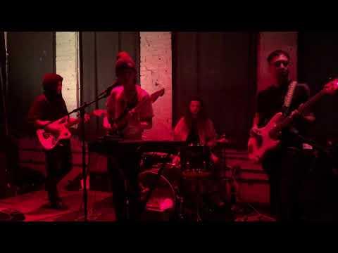 Jade Hammer & Annoying - The Flowers
