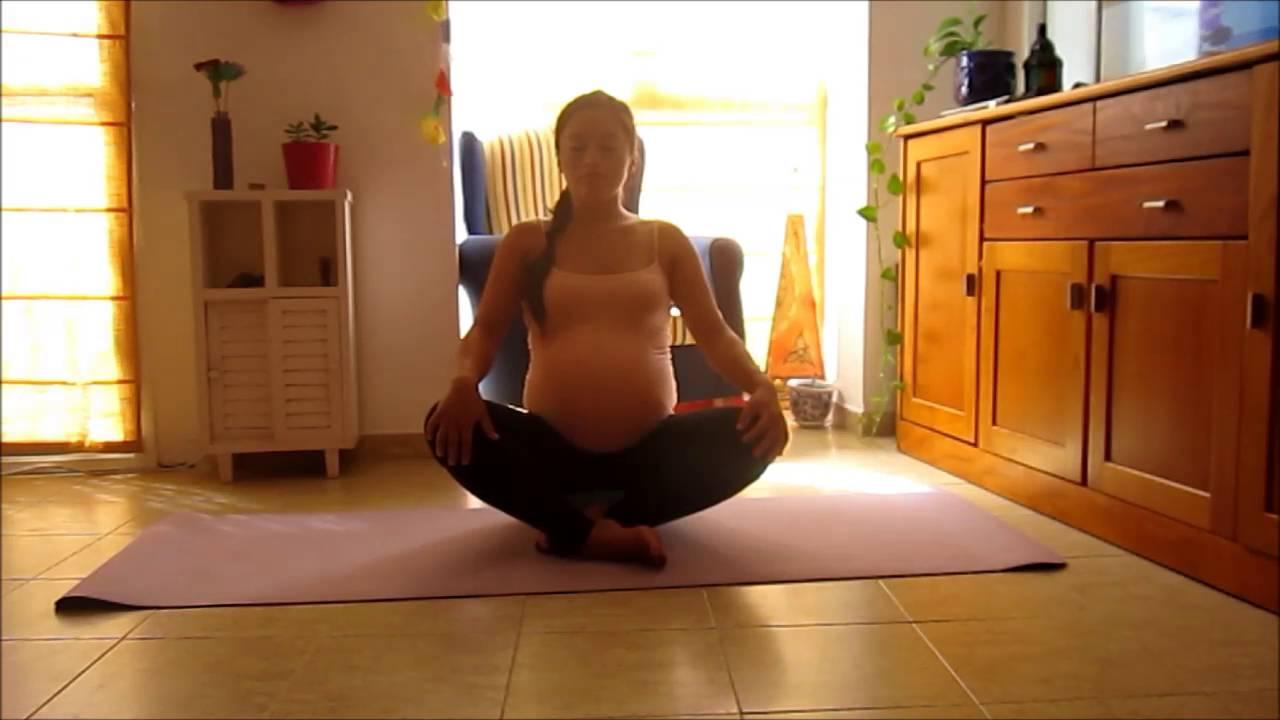 Yoga Para Embarazadas Ejercicios De Suelo Para Abrir Las Caderas Rutina De 10 Minutos Youtube