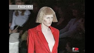 GIVENCHY Fall 1999 2000 Paris - Fashion Channel