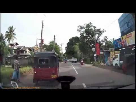 Caught In Camera Sri Lankan Funny Video