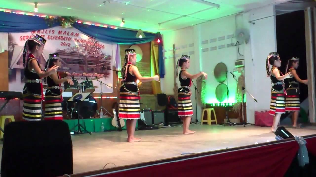 Tarian Bidayuh By Kelab Kebudayaan Kpg Sogo Bau Youtube
