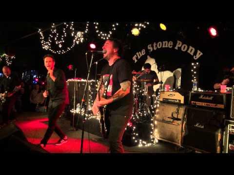 The Bouncing Souls (ft Pat Degan on drums)- Punks in Vegas