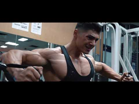 ANDREI DEIU CHEST & TRICEPS WORKOUT - MAKING GAINS
