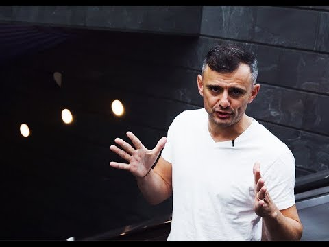 SIGNING OFF FOR THE MONTH 📅 ✌️   DAILYVEE 280