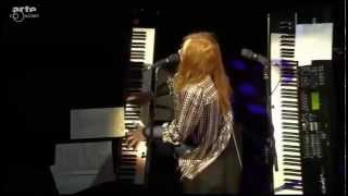 "Tori Amos ""Digital Ghost"" (2015 Baloise Session)"