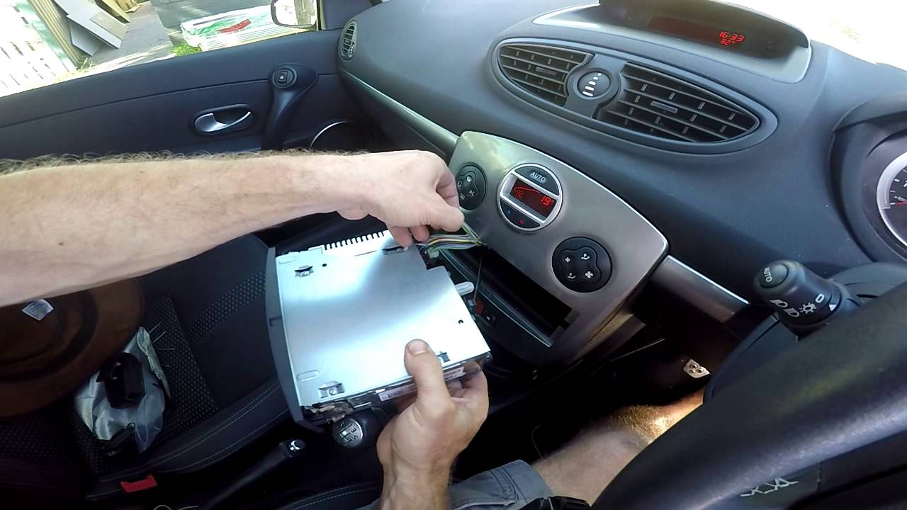 Ford Fiesta Wiring Diagram 2011 How To Add Iphone Ipod Or Android Mp3 To A Renault Clio