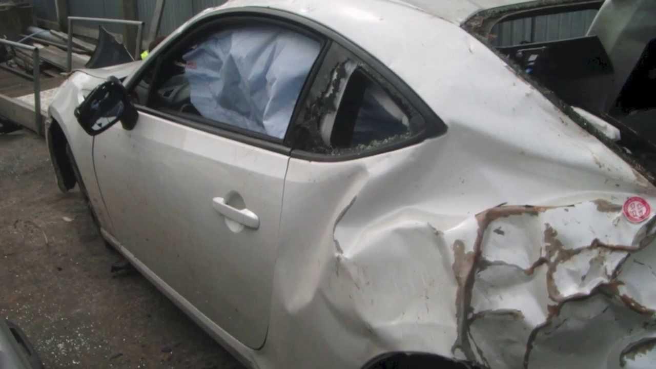Subaru Brz Scion Frs Toyota Gt 86 Crash Compilation Youtube