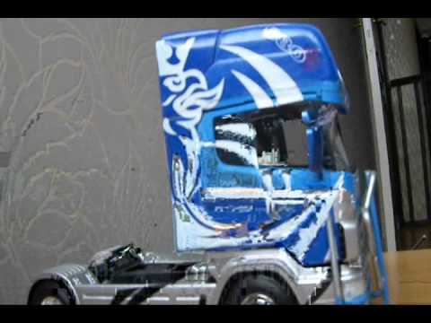 maquette scania 144l 580cv italeri 1 24 youtube. Black Bedroom Furniture Sets. Home Design Ideas