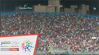 صدمة جماهير السنغال بعد هدف الجزائر الأول