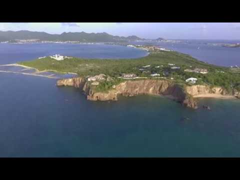 Cliffside villa on the island of St Martin|Sint Maarten
