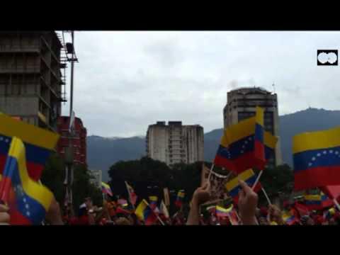 FLOTA DE NAVES O SONDAS  (OVNIS) EN CARACAS VENEZUELA EL 04/10/2012  PARTE 1/8