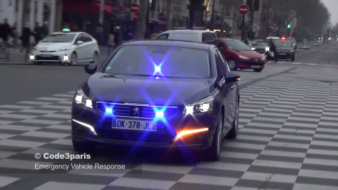 voiture de police banalis e unmarked police car paris funnycat tv. Black Bedroom Furniture Sets. Home Design Ideas