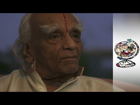 An Interview With Indian Yoga Guru BKS Iyengar (2014)