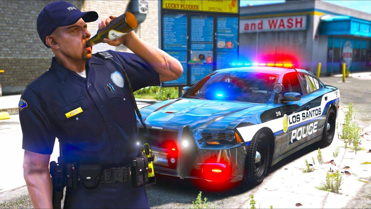 Cop patrols the streets DRUNK!! (GTA 5 Mods - LSPDFR Gameplay)
