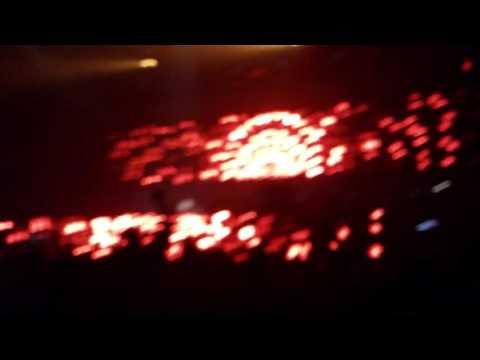 "Madlib drops Slum Village's ""Fall in Love"" - Live at WHP"