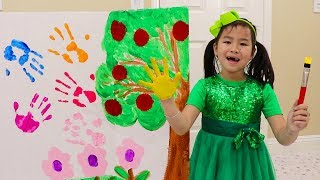 Jannie Learn Colors w/ Fun Colorful Paint Hands & Feet Educational Kids Toys