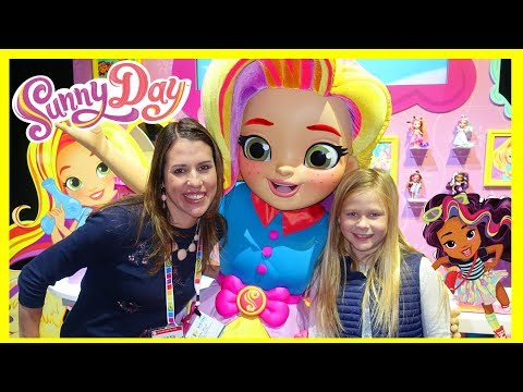 Toy Fair Wrap Up With Sunny Day + TheEngineering Family + Zuru