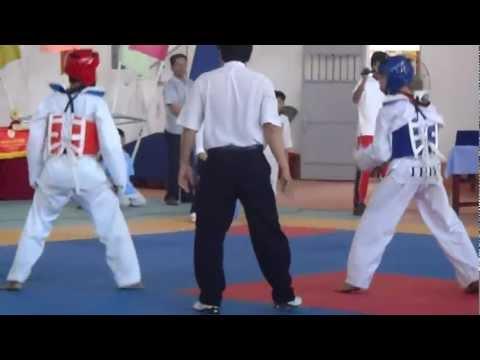 giai thi dau taekwondo hoc sinh tai Ca Mau