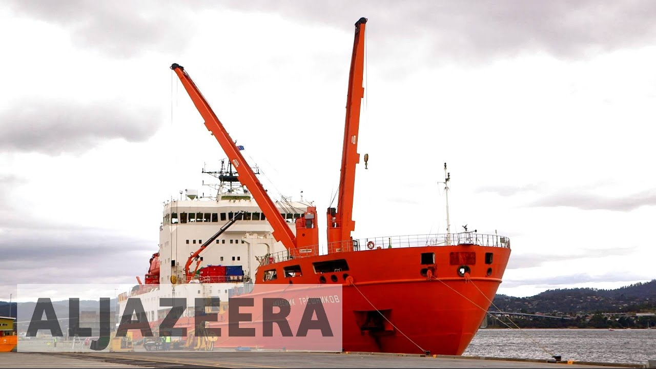 Research vessel sets sail for Antarctica