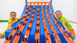 Vlad and Niki play with Toy cars and have fun with new Playsets