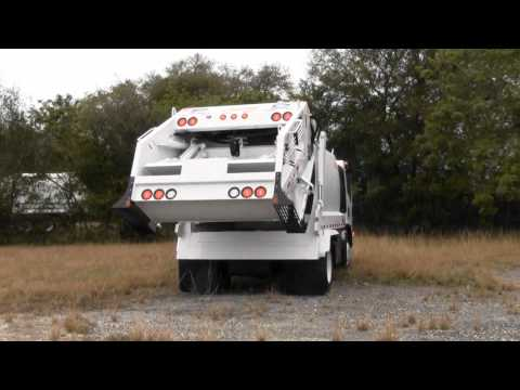 Tour - Pac-Mac 8yd Rear Loader Garbage Truck