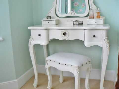 White Vintage Dressing Table With Mirror UK