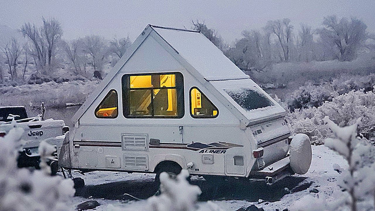 WINTER CAMPING: First time in the SNOW - Aliner Pop Up Camper Trailer