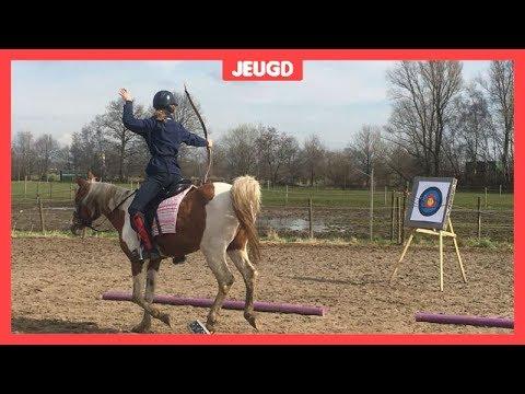 Siem (13) mag naar het WK boogschieten te paard