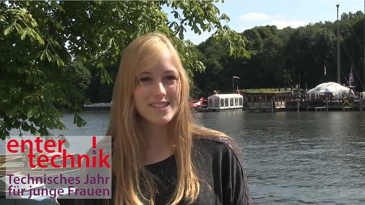 EnterTechnik Teilnehmerinnen aus dem Technischen Jahr für junge Frauen berichten